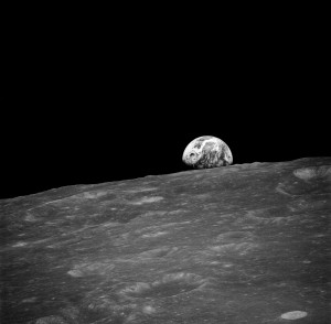 """Earthrise"" Photographken by Bill Anders on December 24, 1968"