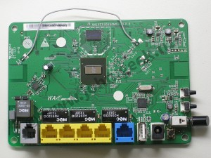 Rear side of the HG630B board - Click to zoom